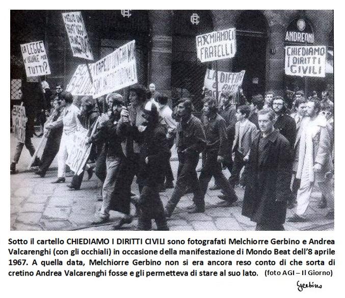 Melchiorre Gerbino e Andrea Valcarenghi sotto il cartello CHIEDIAMO I DIRITTI CIVILI